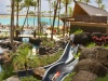 Poolanlage mit Rutsche (copyright Hilton Hawaiian Village)