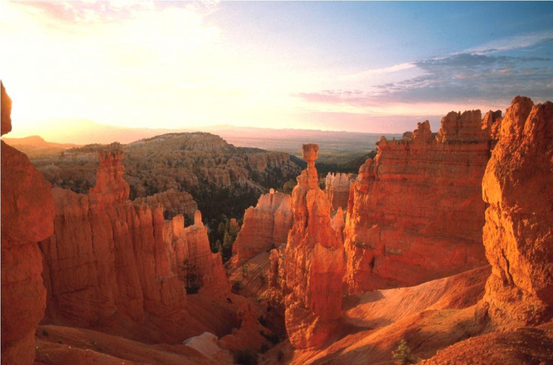 Bryce canyon nationalpark im westen der usa fairflight for Cabine vicino a bryce canyon