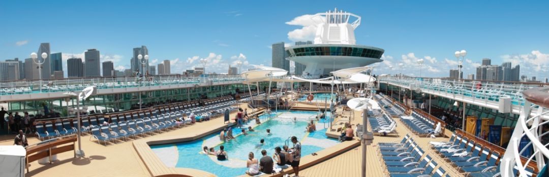 Pool-Deck der Majestic of the Seas