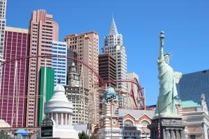 New York Hotel mit Rollercoaster