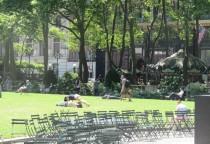 das entzückende grüne Herz Manhattans - der Bryant Park