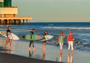 Strand in Atlantic City - baden, sonnen, surfen, spazieren