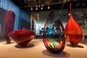 Ausstellungsstücke im Corning Museum of Glass