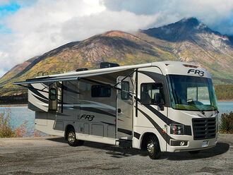 Motorhome A-Luxury A30 Slide-out - Fraserway 1