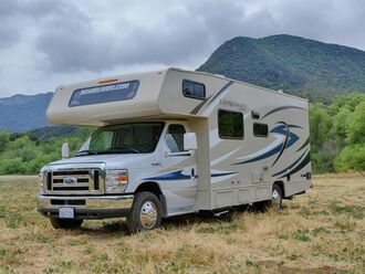 Motorhome C23 - Road Bear 1