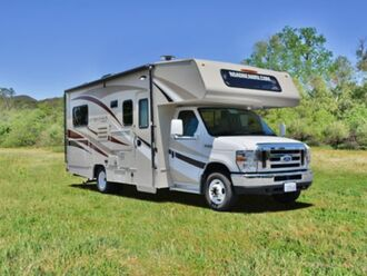 Motorhome C24 - Road Bear 1